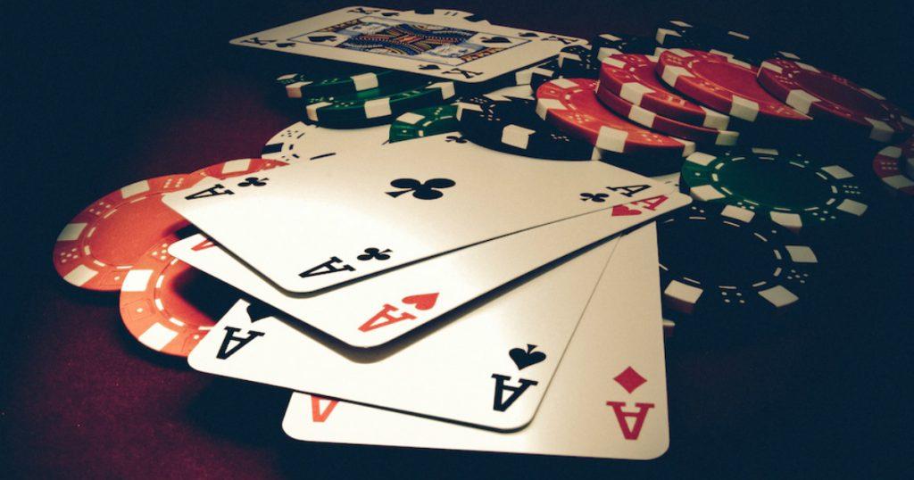 Perlu Dihindari Saat Bermain Taruhan Poker Online
